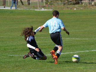 Fodbold Tacklinger